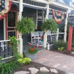 Farmhouse Bed and Breakfast & Eatery